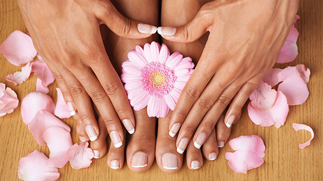 7 Tips to Longer Stronger Natural Nails