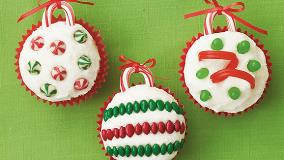 Betty Crocker™ Holiday Ornament Cupcakes